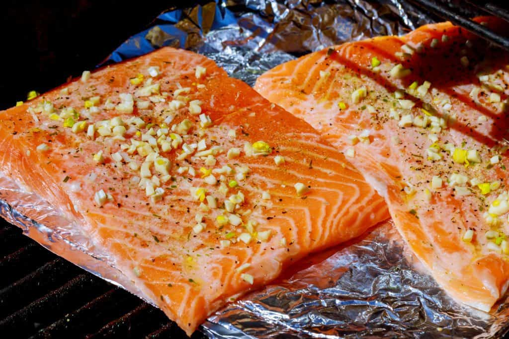 bbq smoked salmon on foil