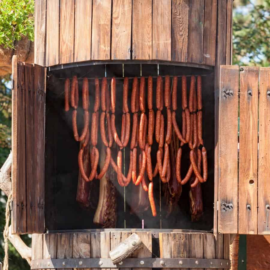 Bbq Smokers 101: What Type Of Smoker Should You Be Looking For? 1